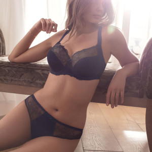 FL9352-NAY-cons-Fantasie-Lingerie-Estelle-Navy-Underwired-Side-Support-Bra
