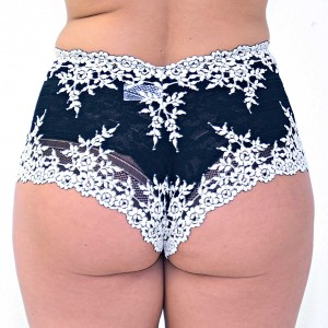 Wacoal-Embrace-Lace-Boy-Short-Back